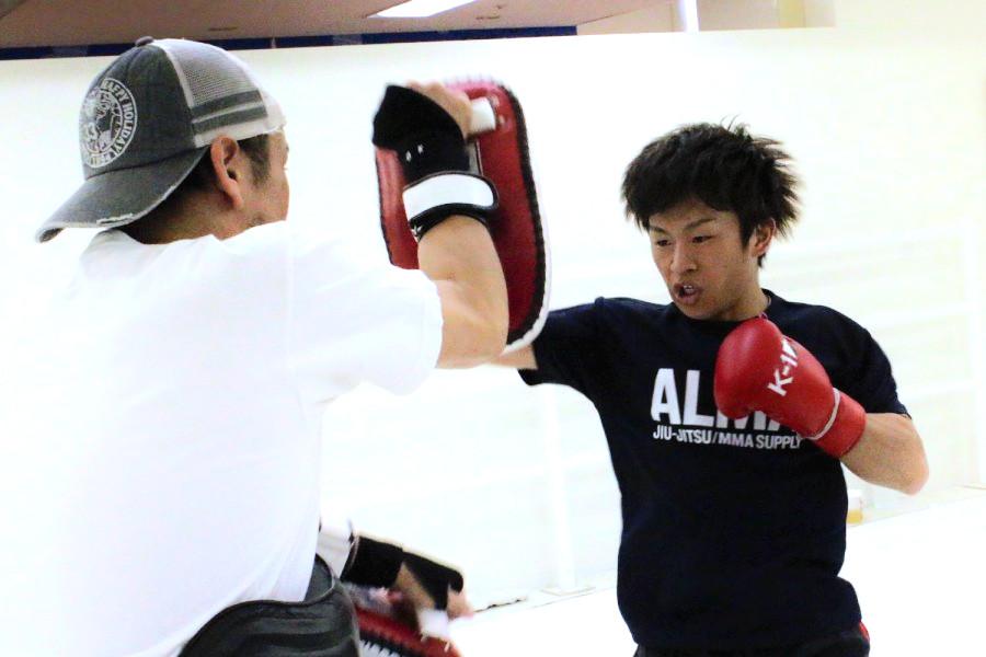 K-1 KRUSH 11.8 後楽園ホール:晃貴、元プロボクサー佐々木洵樹との ...