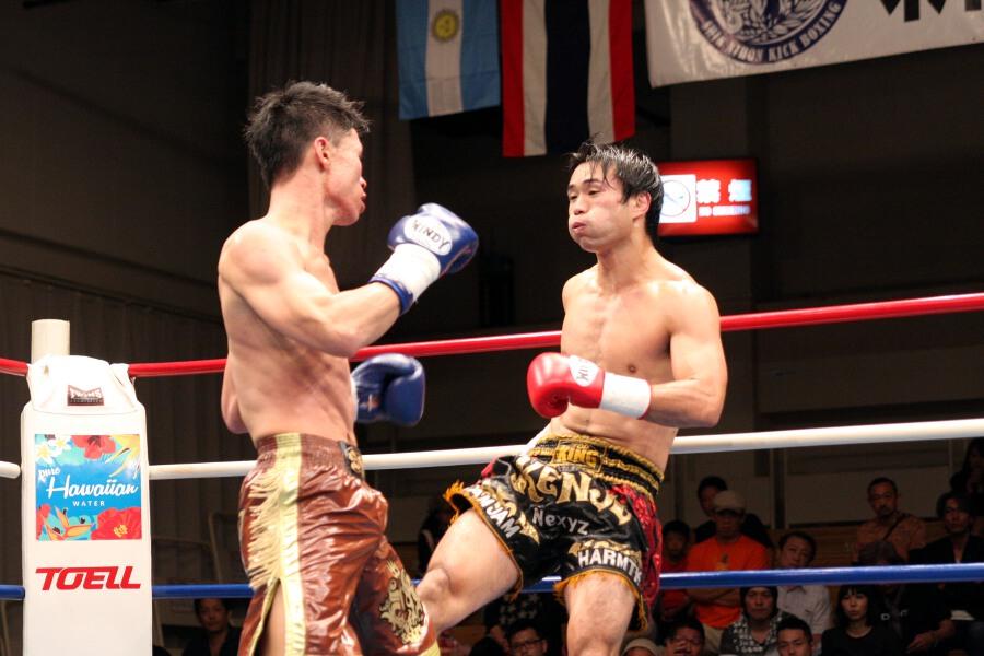 バウトレビュー - REPORTS [新日本キック] 江幡睦、タイ人に1R KO勝ち。斗吾が日本