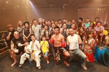 イベント終了後記念写真撮影(KOICHIの右が藤田氏)