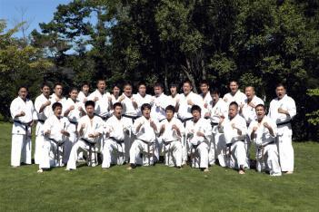 合宿に参加した木山仁監督、成嶋竜副監督以下、日本代表選手と補欠選手
