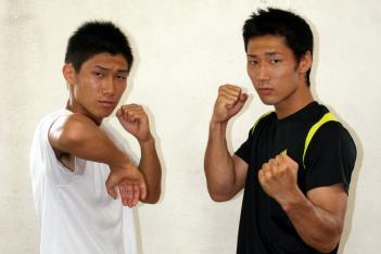 左が弟の慶二郎、右が兄の宗一郎