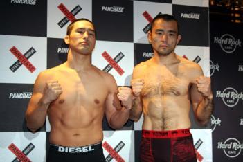 鈴木槙吾(左)と村山暁洋