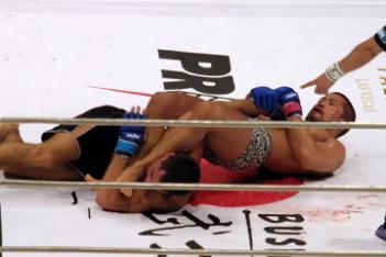 06年8月、PRIDE武士道ではゲガール・ムサシに一本勝ち