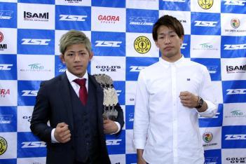 写真左が伊藤、右が柏﨑