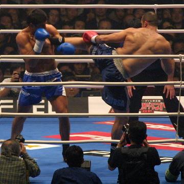 レポ&写真) [K-1 WGP] 12.2 東京:シュルト2連覇。ホースト引退